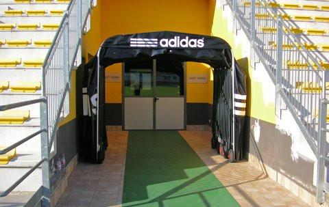adidas retractable tunnel