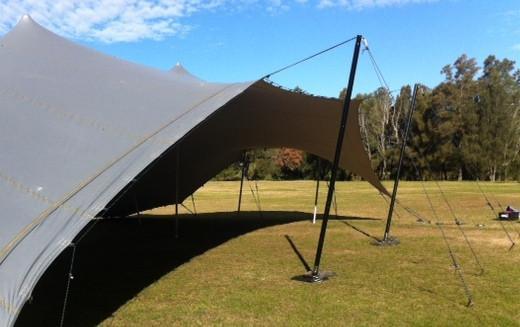 Swivel-pole-stretch-tent