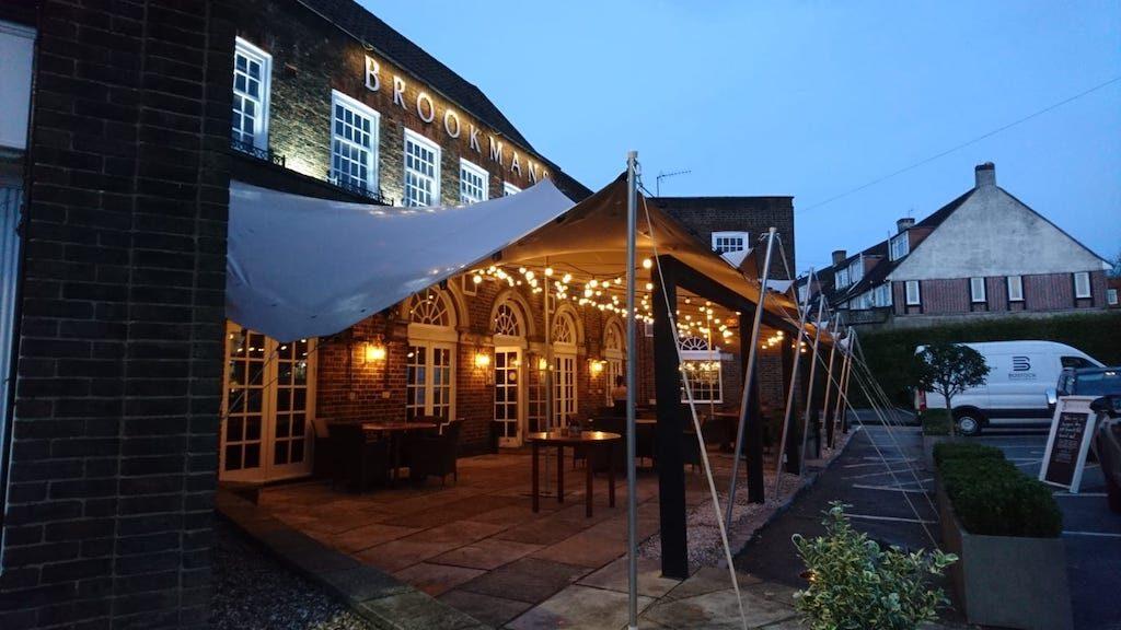 Brookmans Pub